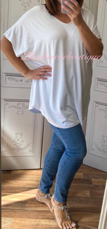 Loose Fit Oversized T-Shirt - White