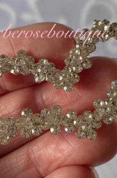Diamante Floral Crystal Heart Hairclip