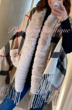 Lux Faux Fur Trim and Pocket Contrast Check Design Scarf/Wrap - Beige