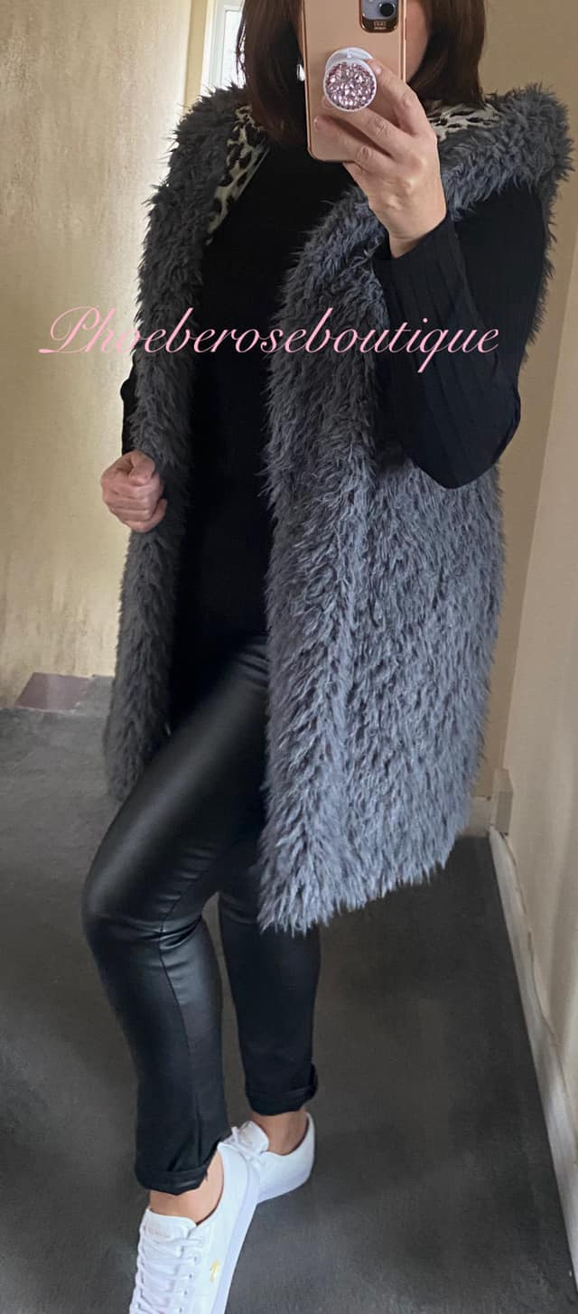 Fluffy Hooded Lepo Lined Gilet - Grey