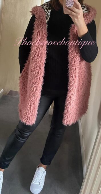 Fluffy Hooded Lepo Lined Gilet - Pink